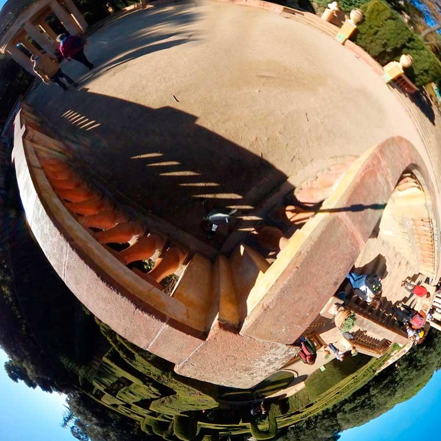 Edicion-360-de-foto-y-video-imagen-con-tripode-descargas360